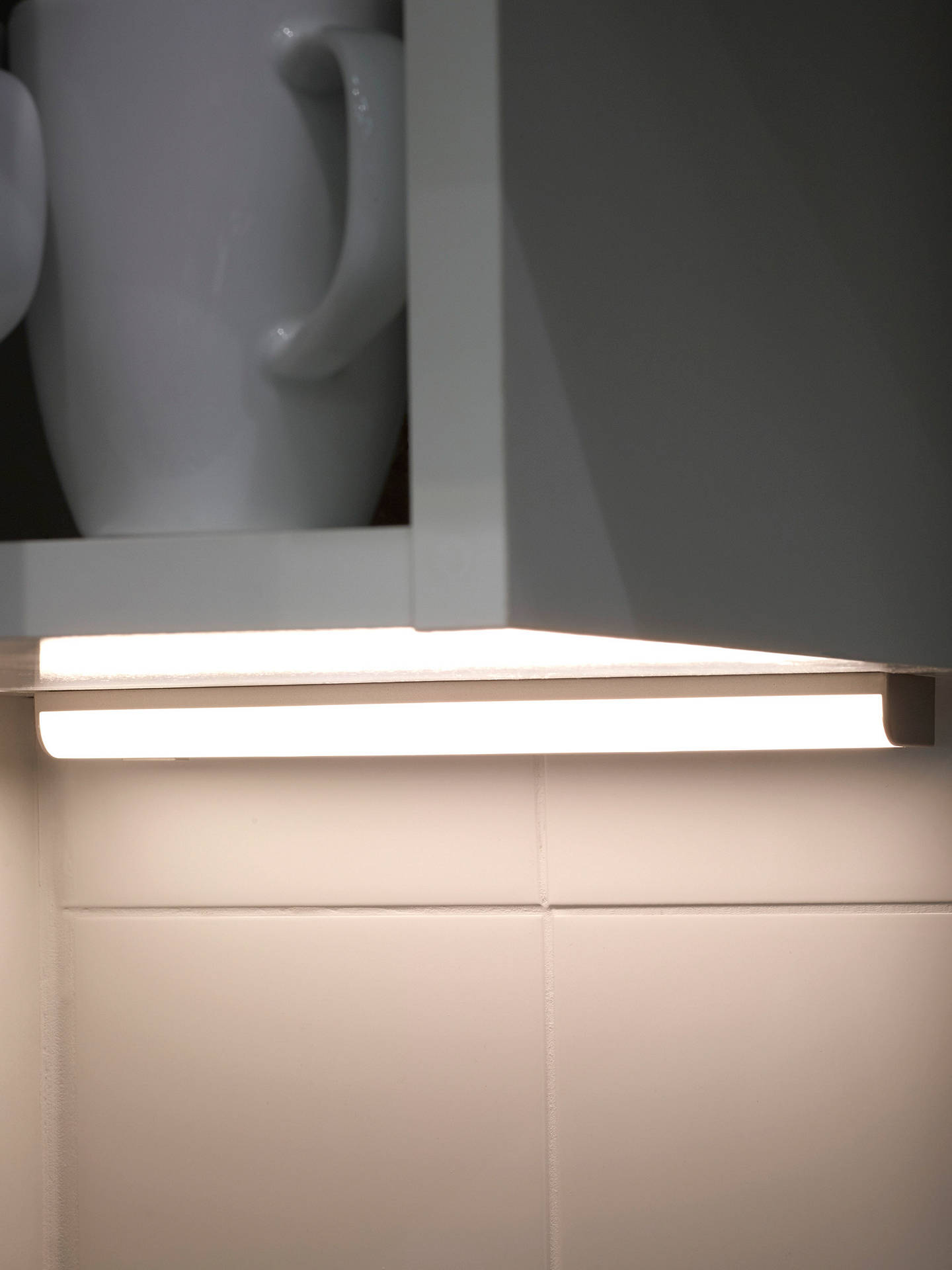 Sensio Opal Led Battery Operated Under Cabinet Strip Light 250mm Silver