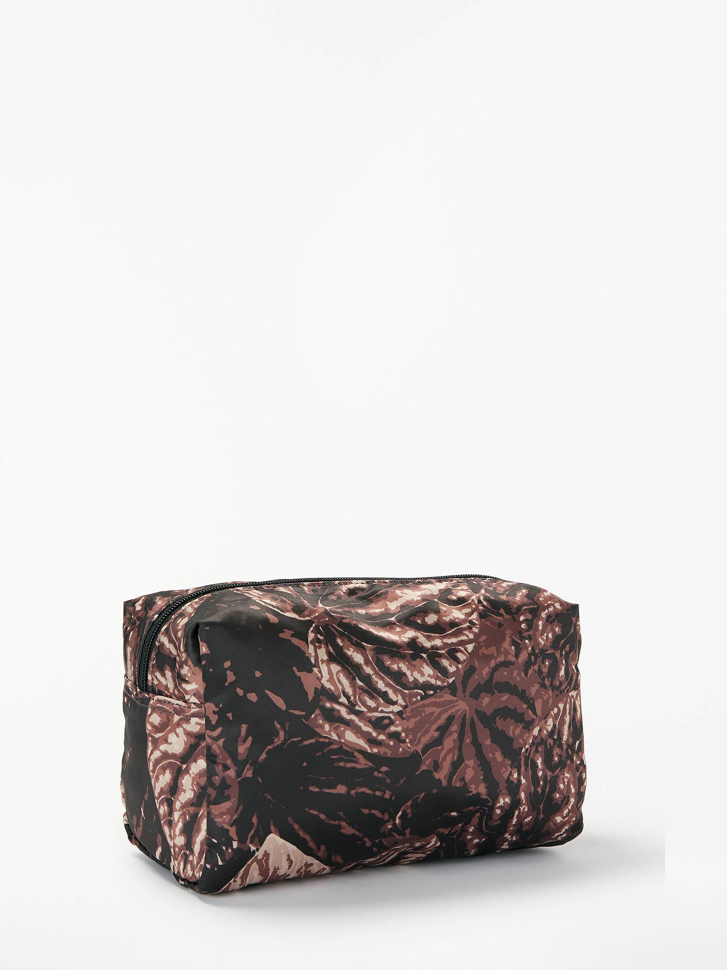 037ca050442a ... BuyDAY BIRGER ET MIKKELSEN Gweneth P Foilole Palm Print Wash Bag
