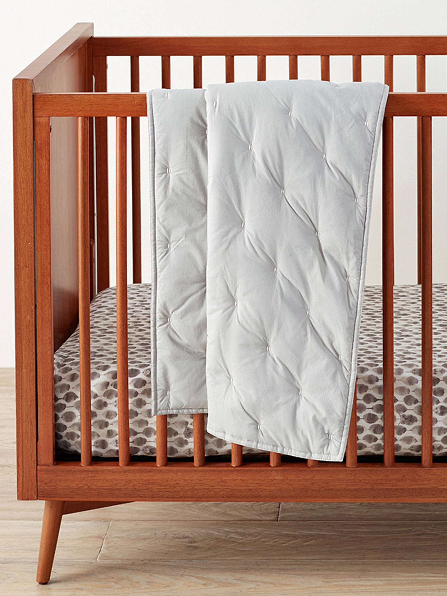 Pottery Barn Kids Organic Cotton Toddler Bed Quilt Silver