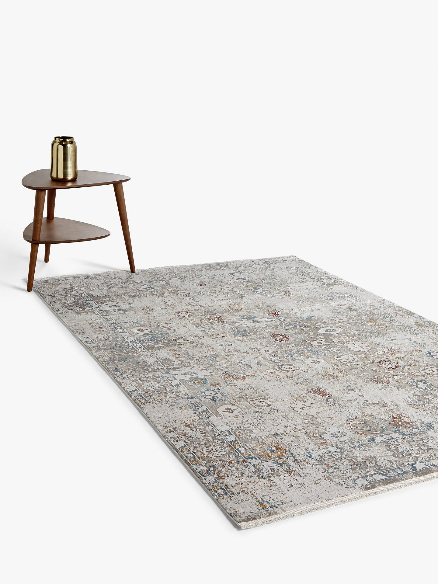 Gooch Luxury Distressed Ziegler Rug