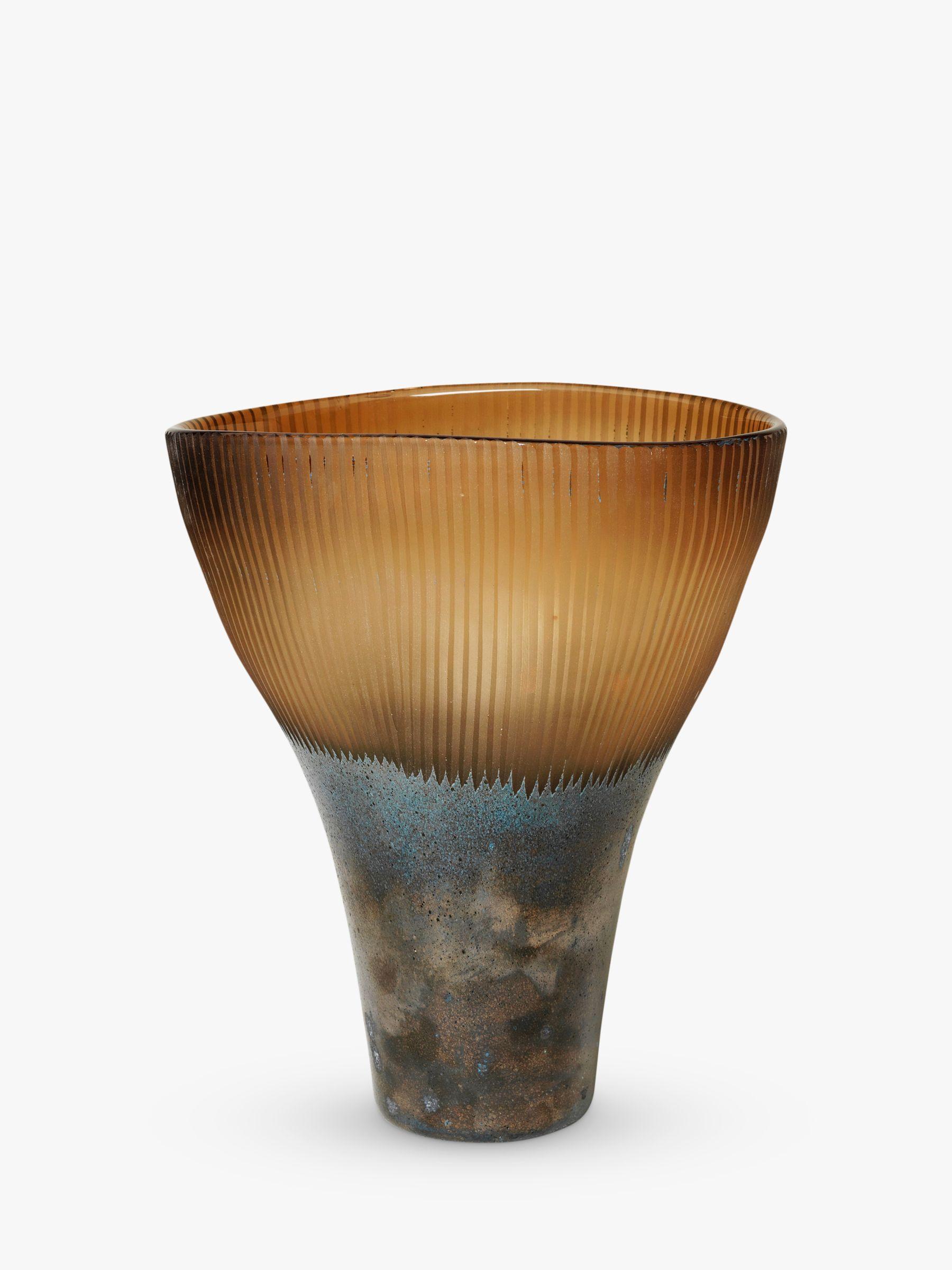Broste Copenhagen Byghir Vase, H20.20cm