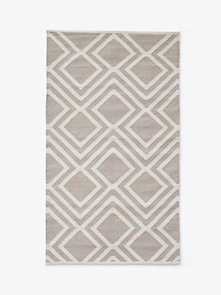 Weaver Green Iris Recycled Plastic Indoor & Outdoor Rug, L240 x W170 cm