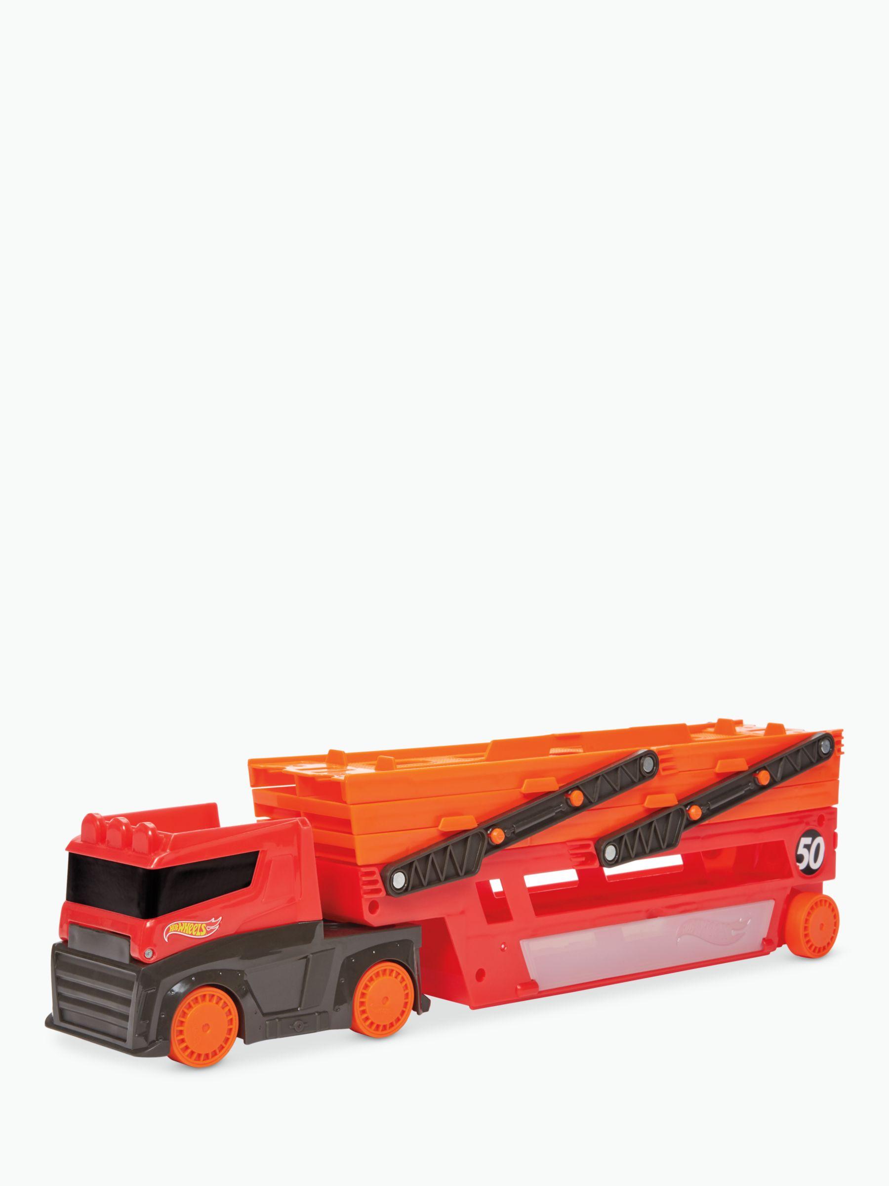 Hot Wheels Hot Wheels 50-Car Mega Hauler