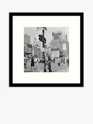 Getty Images - New York Times Square Wood Framed Print & Mount, 59.5 x 59.5cm