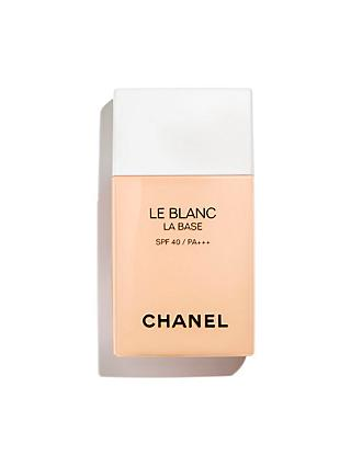 CHANEL Le Blanc La Base Correcting Brightening Makeup Base. Long-Lasting Radiance And Comfort / SPF 40 / PA +++