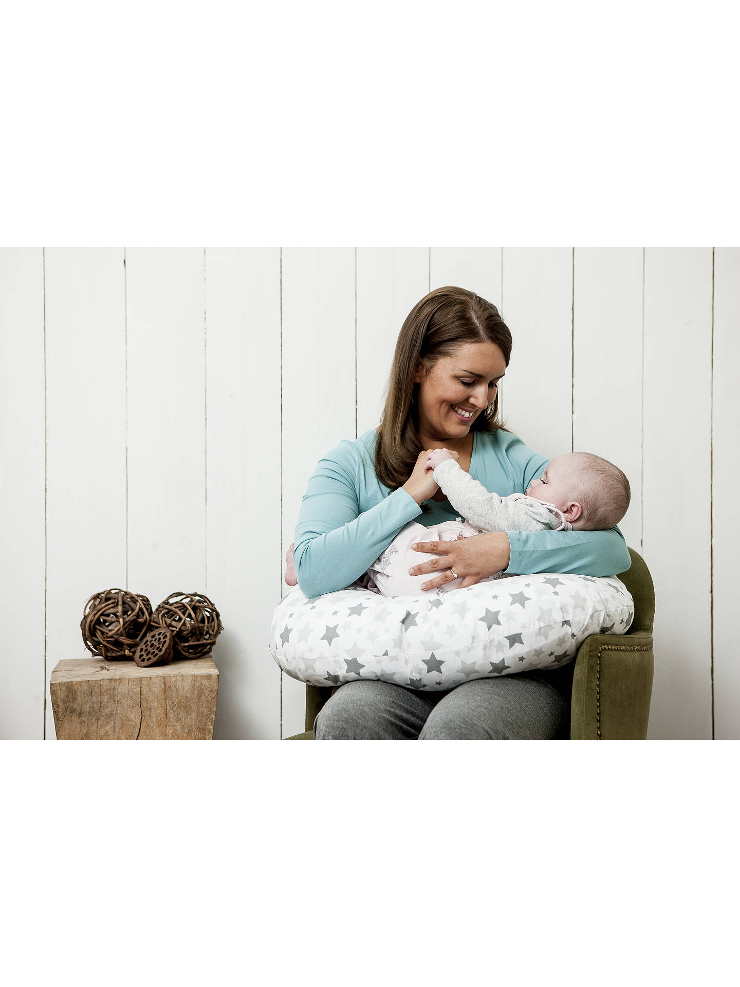 Dreamgenii Feeding Support Pillow at