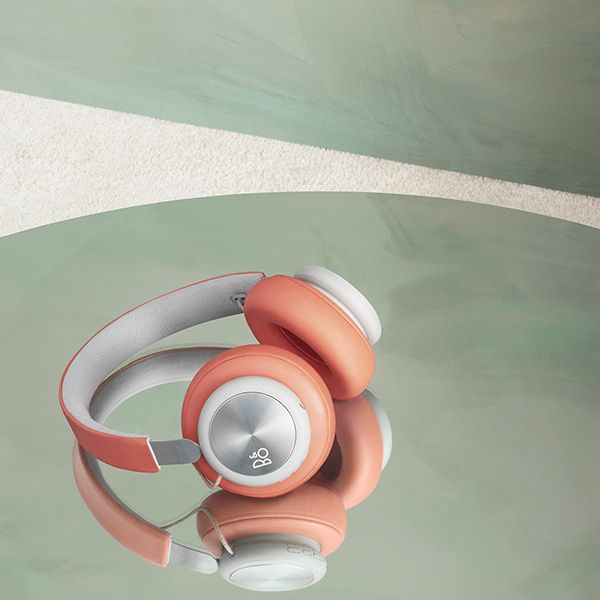 B&O PLAY by Bang & Olufsen - Beoplay H4 Wireless Bluetooth Over-Ear Headphones