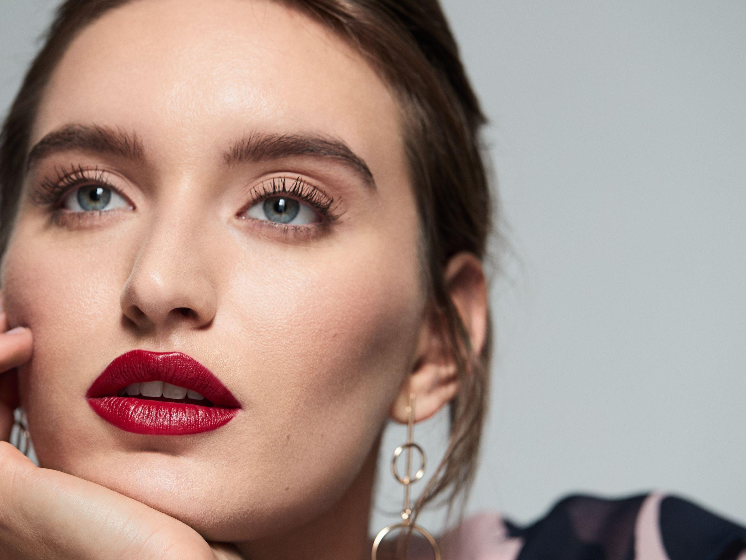 Statement lip make-up