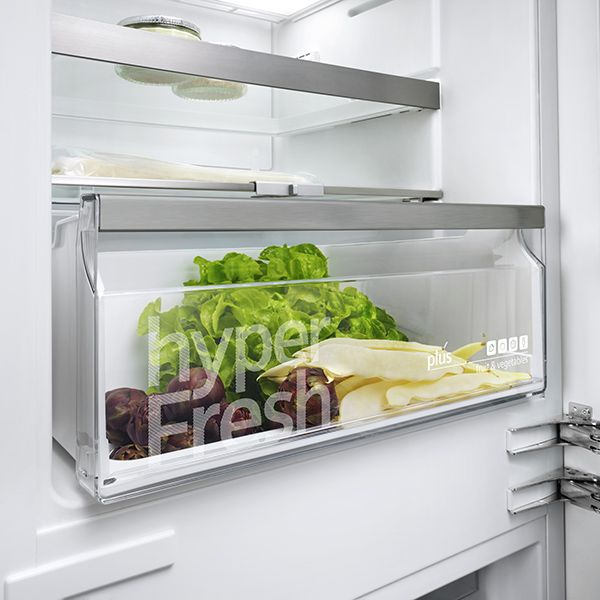 Siemens Cooling including Freestanding Fridges/Freezers and Integrated Fridges/Freezers