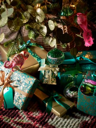 Shop Christmas Gift Wrap, Bags & Ribbons