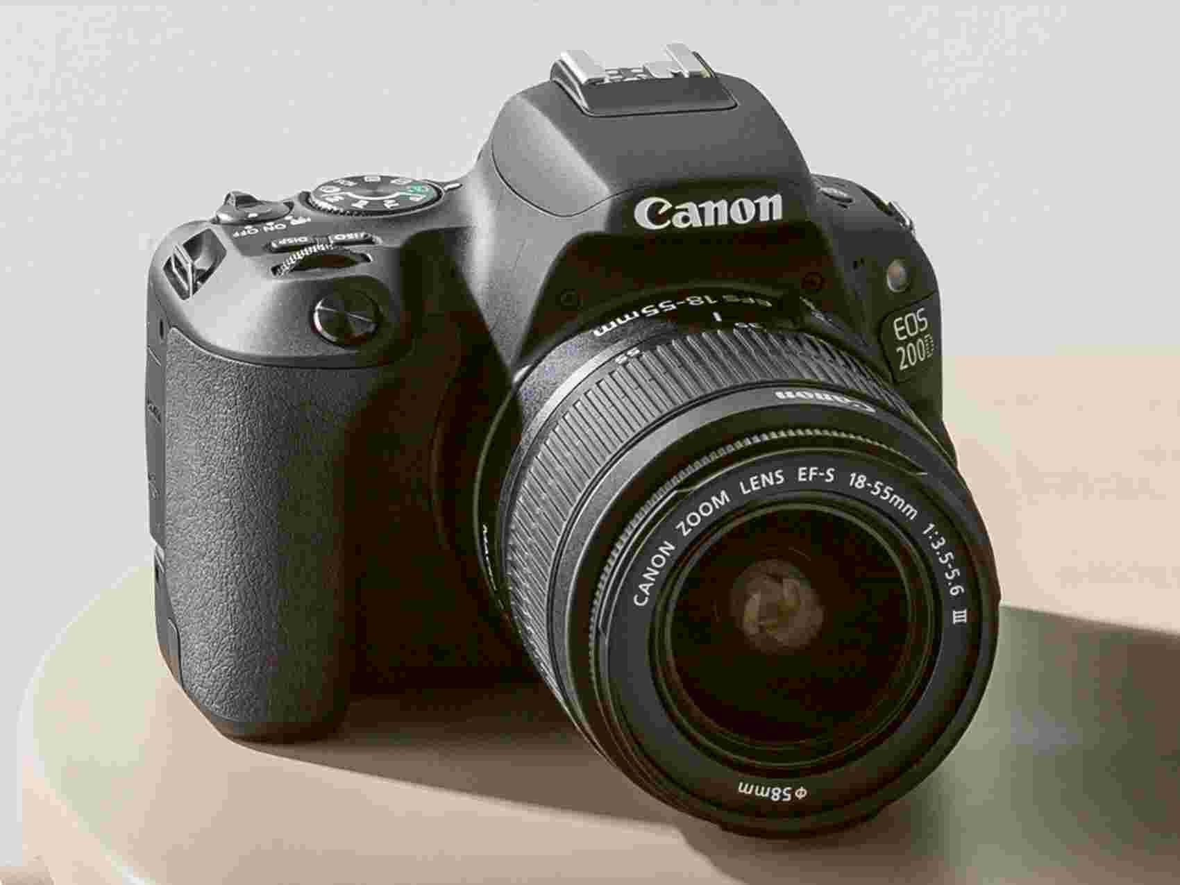 Canon EOS M50 Compact System Camera