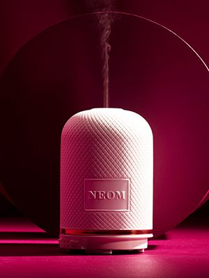 Pamper and Comfort - Neom air diffuser