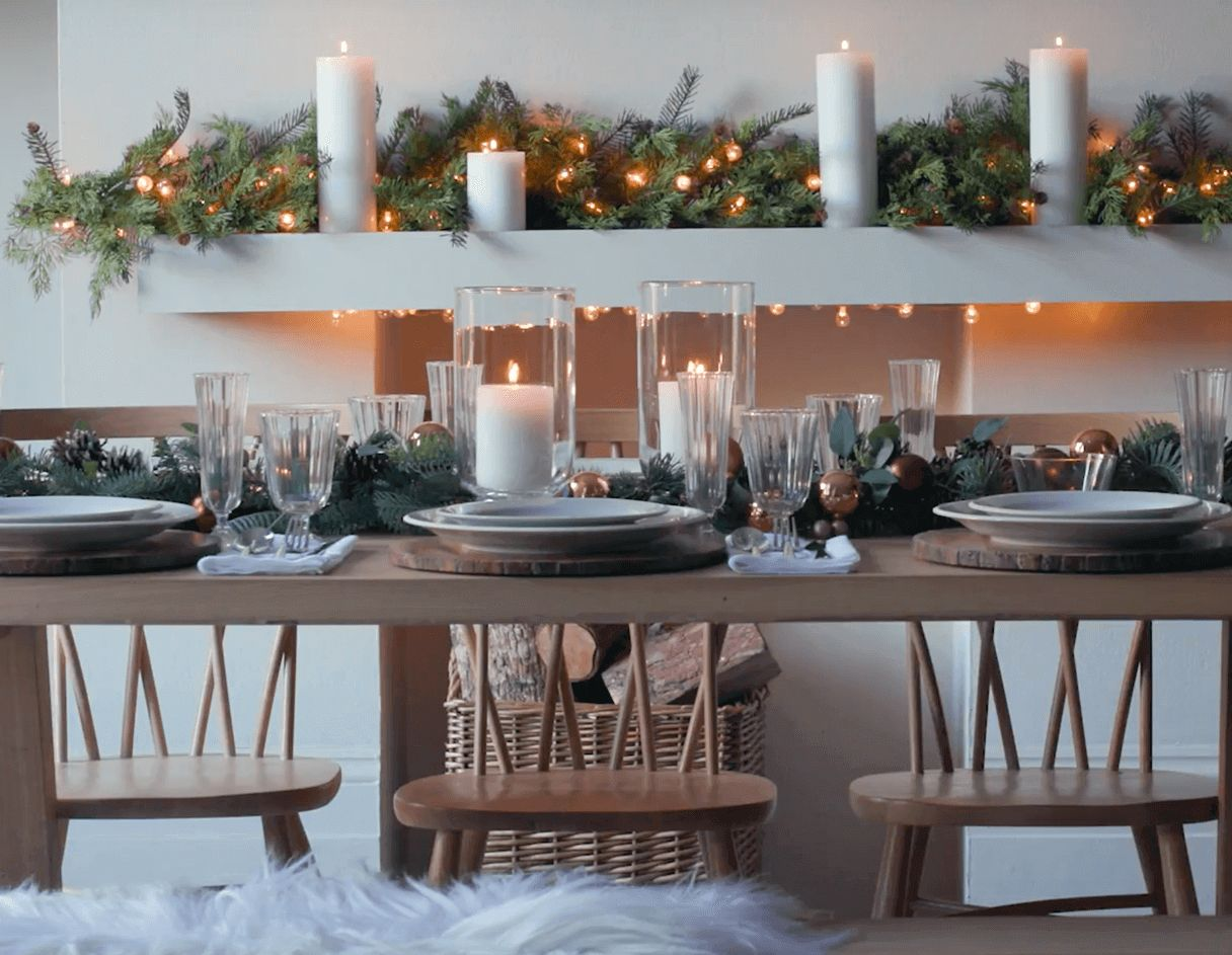 How to lay a christmas table
