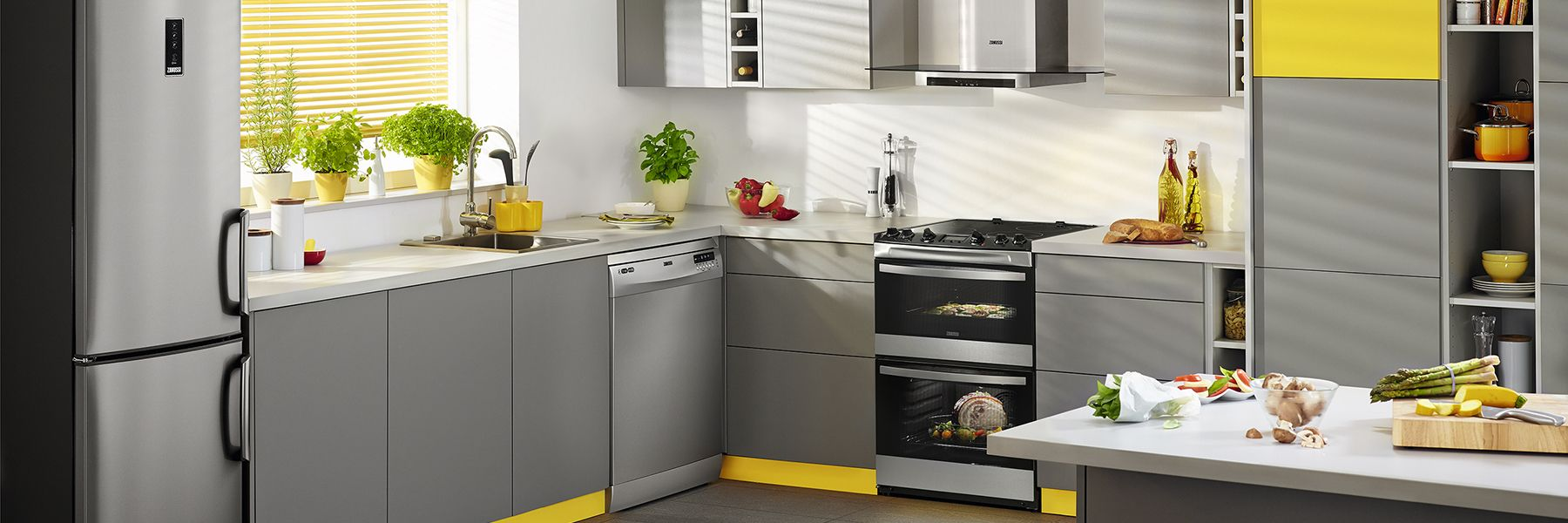 a freestanding cooker installed in a kitchen
