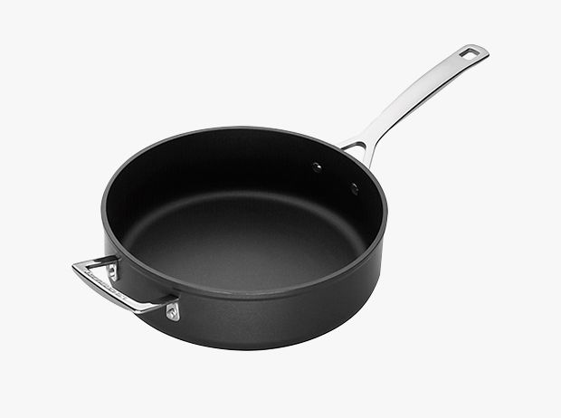 example of aluminium cookware