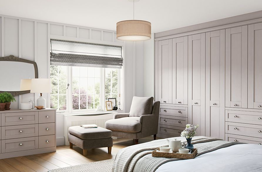 Light neutral haddington classic cotswold fitted bedroom