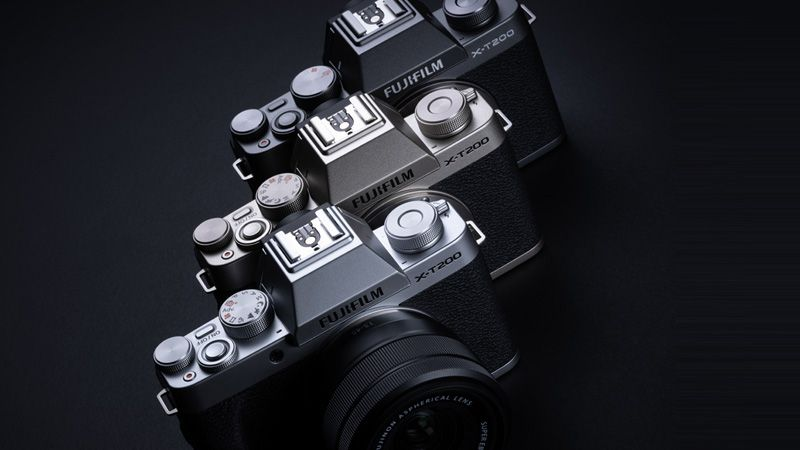 DISCOVER THE NEW FUJIFILM X-T200