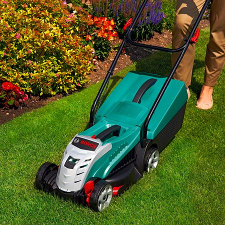 LAWNMOWERS & POWER TOOLS