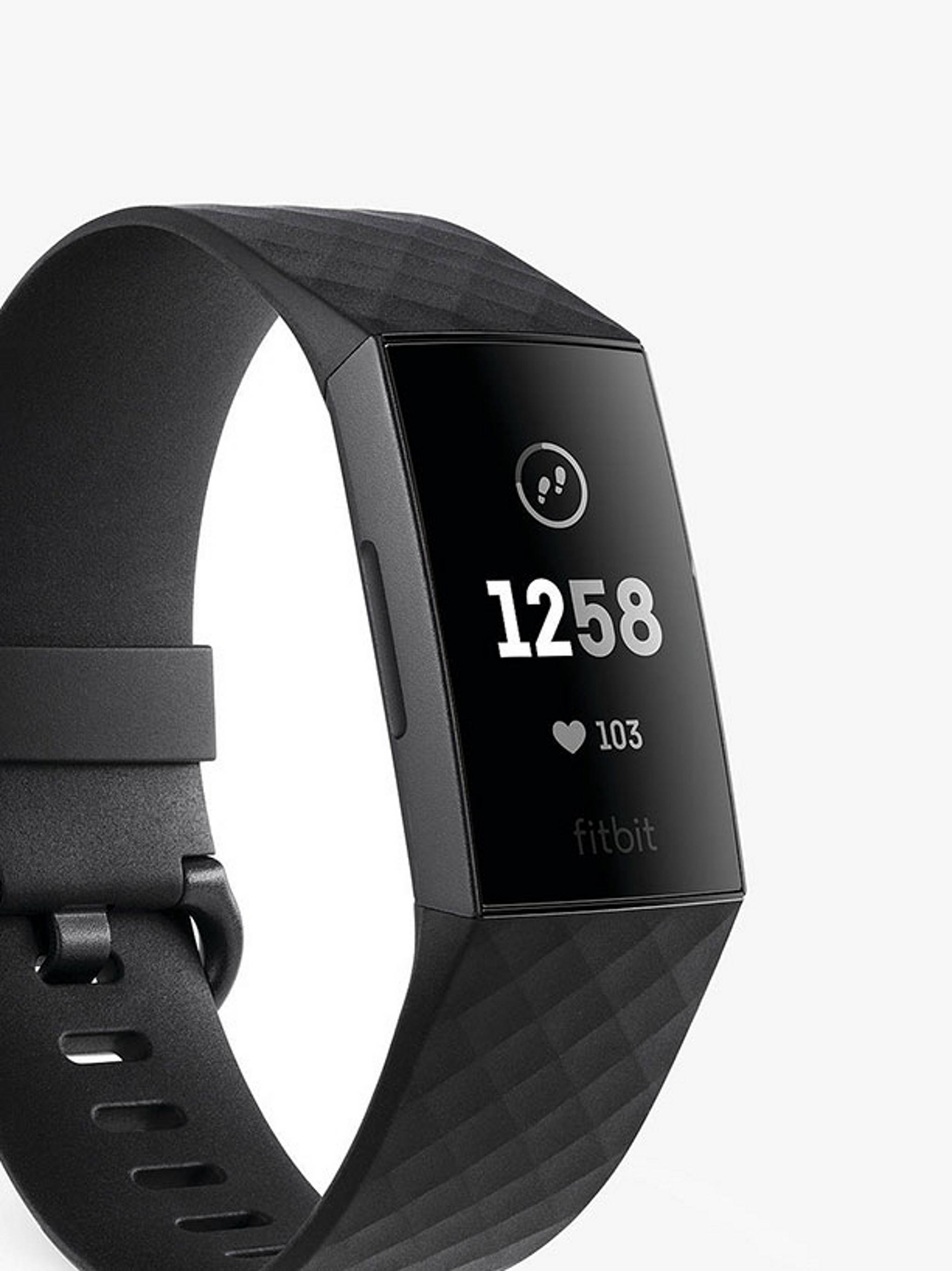Smartwatch & Fitness Trackers