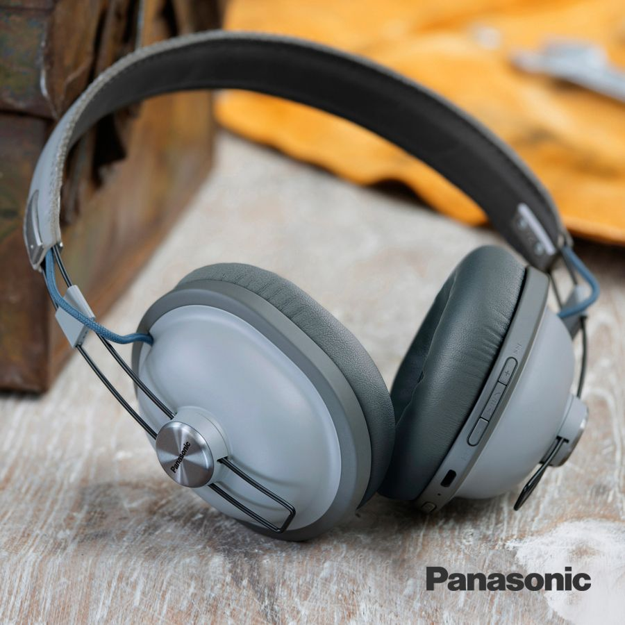 The Panasonic HTX80 wireless