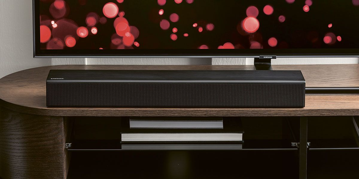 SOUNDBARS, DVD & BLU-RAY PLAYERS