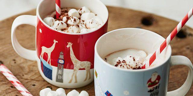 Grand Tour mugs with hot chocolate