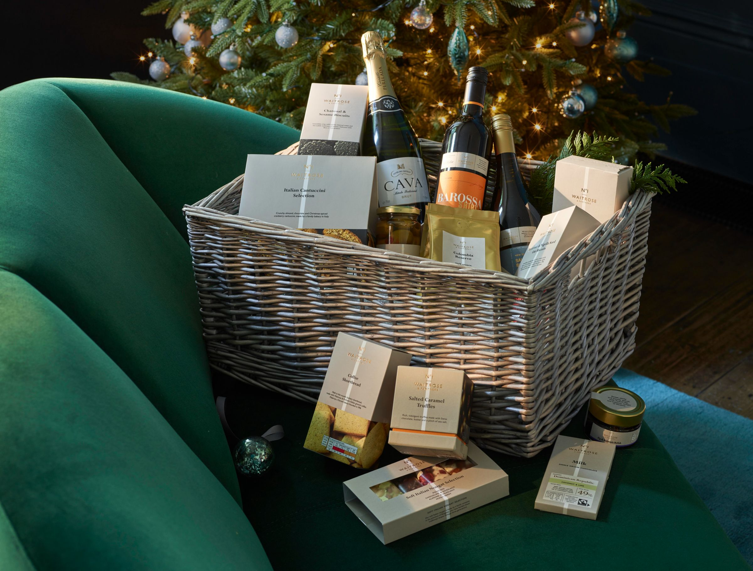 Christmas Hamper Ideas Everyone Will Love To Receive