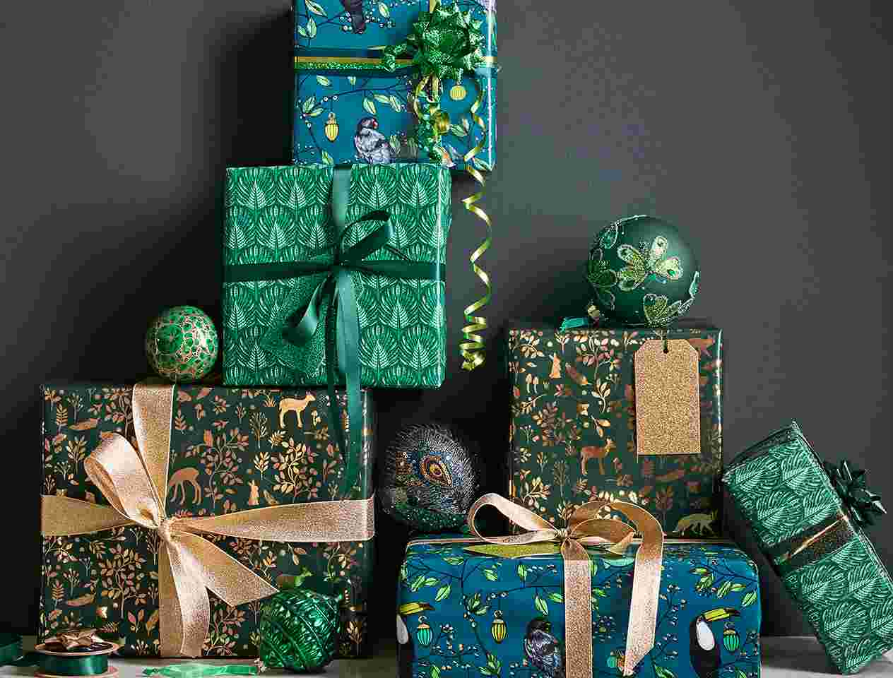 Quick, simple ways to make your Christmas presents look amazing