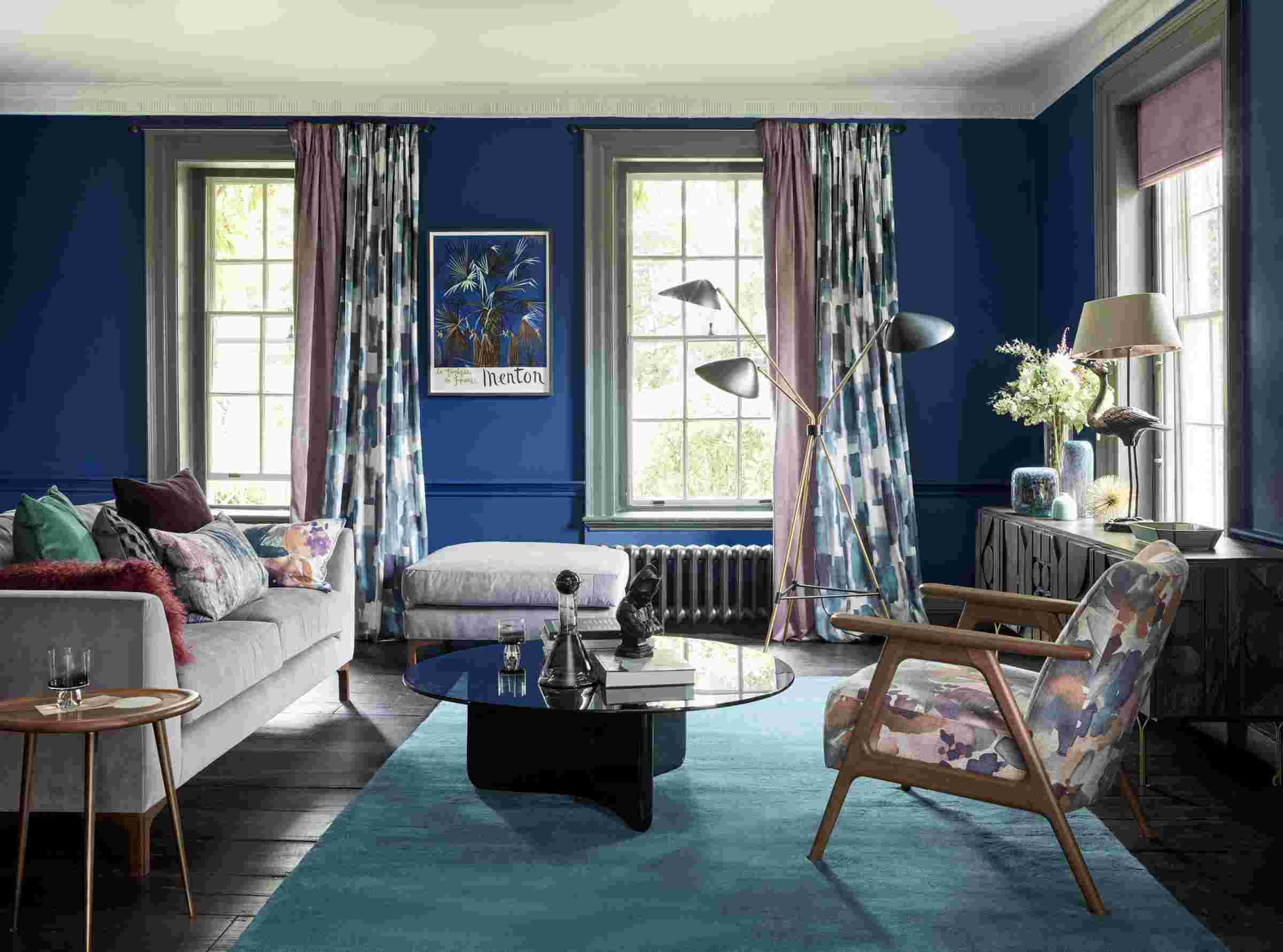Living room with dark blue wall